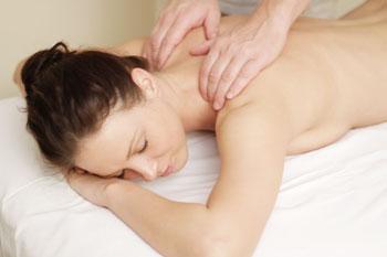 техника выполнения массажа спины